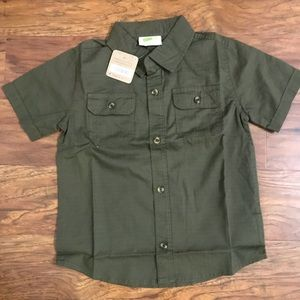 NWT! Crazy 8 button up. 4t